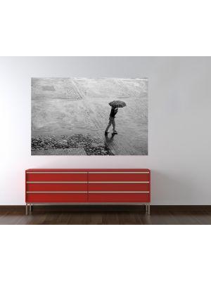 Foto behang Alleen in de regen voorbeeld